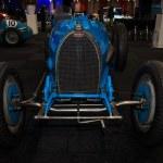 Постер, плакат: Racing car Bugatti Type 54 1931