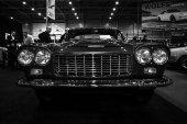 Luxury car Lancia Flaminia GTL by Carrozzeria Touring — Stock Photo