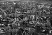 The new and the old part of the city from the surrounding hills. — Stock Photo