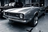 Pony car Chevrolet Camaro SS (first generation) convertible, 1968 — 图库照片