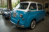 Mini MPV (multi-purpose vehicle) Fiat 600 Multipla — Stock fotografie