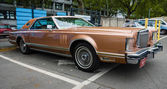 Personal luxury car Lincoln Continental Mark V — Stock fotografie