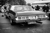 Full-size car Chevrolet Caprice, 1973. Black and white. Rear view. — Stock fotografie