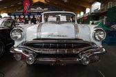 Full-size car Pontiac Chieftain, 1956 — Stock Photo