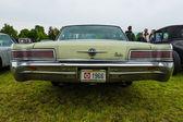 Full-size car Chrysler 300, (Chrysler 300 Non-Letter Series), rear view. — Stock Photo