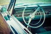 一辆全尺寸的车舱庞蒂亚克 1967年卡塔利娜. — 图库照片