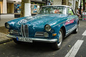 Grand tourer car BMW 503, 1957. The Classic Days on Kurfuerstendamm. — Stockfoto
