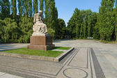 The Soviet War Memorial in Treptow Park. Sculpture of Motherland. Berlin. — Stock Photo