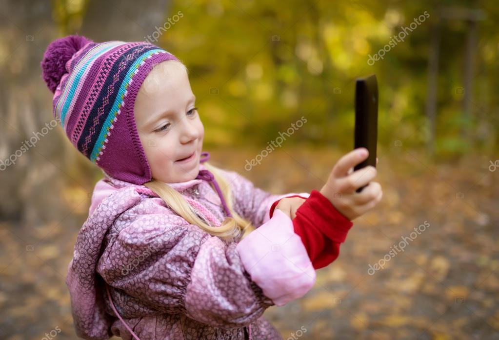 Миленькая девочка видео фото 540-112