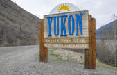 Yukon Signage at the Alaskan Border — Stock Photo