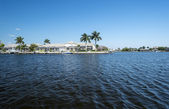 Luxury Water Front Houses with Boat Docks in Florida — Stock Photo