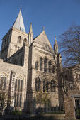 View of Rochester Cathedral in Kent which is the second oldest cathedral in England, founded 604 AD. The cathedral attracts thousands of visitors and pilgrims each year. — Stock Photo