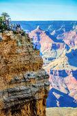 Gran cañón día soleado con cielo azul — Foto de Stock