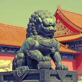 Bronze lion - detail in the Forbidden City in Beijing, China — Stock Photo