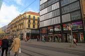 Rue du Marche, main shopping street in the center of Geneva. — Stock Photo