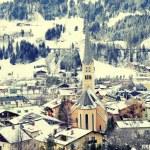 Winter village in the Austrian Alps — Stock Photo #54841189