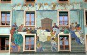 Old beautiful fresco on medieval building in Lucern, Switzerland — Stock Photo