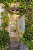 Art gallery in Saint Paul de Vence — Stock Photo