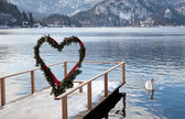 Pier and heart arch, Lake Bled, Slovenia — Stock Photo