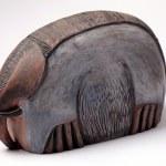 Handcraft ceramic elephant sculpture. — Stock Photo #71902463