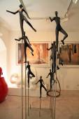 Contemporary sculptures and paintings at Art Gallery in Saint Pa — Stock Photo