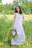The girl in the meadow — Stock Photo