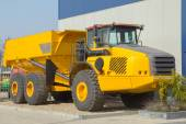 Yellow dump truck — Stock Photo