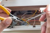 Repairing clock radio — Stock Photo