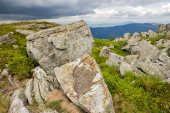 Stones and boulders in  hight mountains — Stock Photo