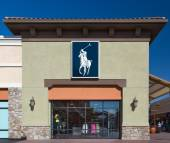 Polo Ralph Lauren Sttore exterior — Stock Photo