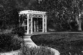 Garden Trellis and Path in Black and White — Stock Photo