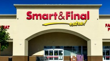 Smart and Final Retail Store Exterior — Stock Video