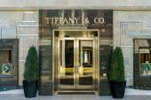 Tiffany & Company Retail Store Exterior — Stock Photo