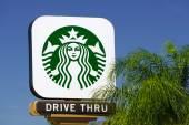 Starbucks Coffee shop sign — Stock Photo