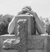 Lone Figure of Person in Black and White Grieving at Cemetery — Stock Photo