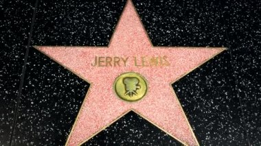 Jeffy Lewis Star on the Hollywood Walk of Fame — Stock Video
