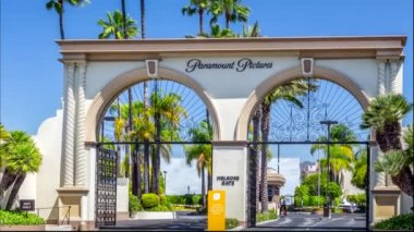 Paramount Pictures Entrance and Sign — Stock Video