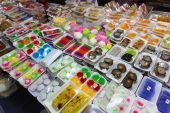 Various sweet Thai specialties — Stock Photo