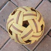Old plastic rattan ball — Stock Photo