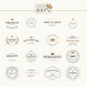Set of premium quality labels and badges — 图库矢量图片