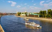 Excursion boats on Moscow river - Russia — Stok fotoğraf