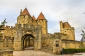 Entrance to the Cite de Carcassonne, a medieval citadel in Franc — Stock Photo