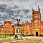 Queen University War Memorial - Belfast, Northern Ireland — Stock Photo #85080694