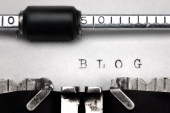 """Blog"" written on an old typewriter — Zdjęcie stockowe"