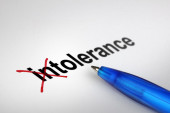 Changing the meaning of word. Intolerance into Tolerance. — Stockfoto
