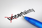 Changing the meaning of word. Uncertainty into Certainty. — Stockfoto