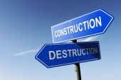 Construction and Destruction directions.  Opposite traffic sign. — Stock Photo