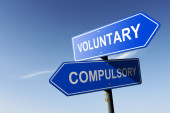 Voluntary and Compulsory directions.  Opposite traffic sign. — Stock Photo