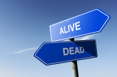 Alive and Dead directions.  Opposite traffic sign. — Stockfoto
