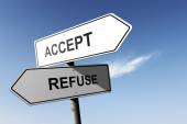 Accept and Refuse directions. Opposite traffic sign. — Stockfoto
